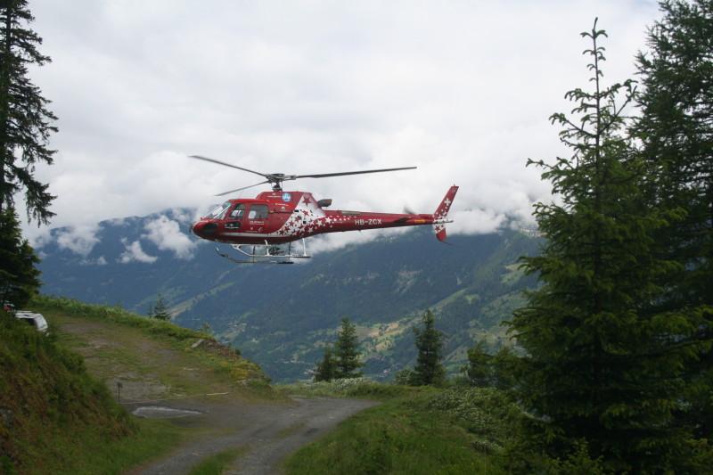 Helikopter kommt zur Pause