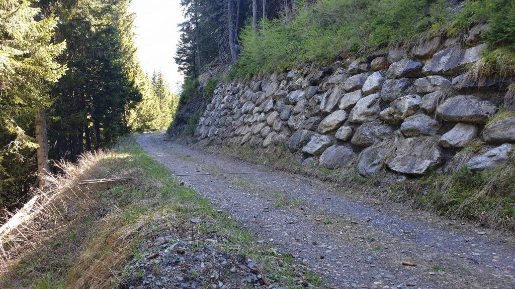 Strasse Mauer